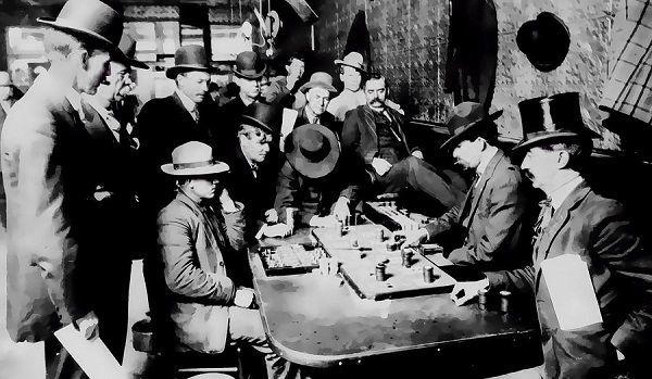 Джентльмены играют в покер 1900 год